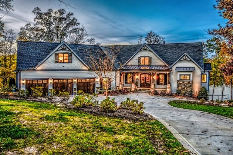 Waterfront Craftsman in Troutman